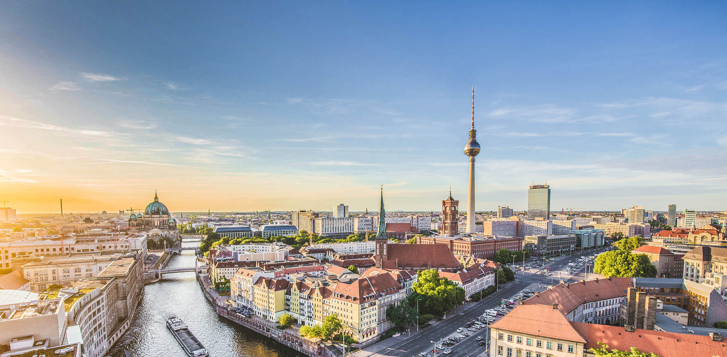 Gilingo - Berlin skyline with Spree river at sunset, Germany